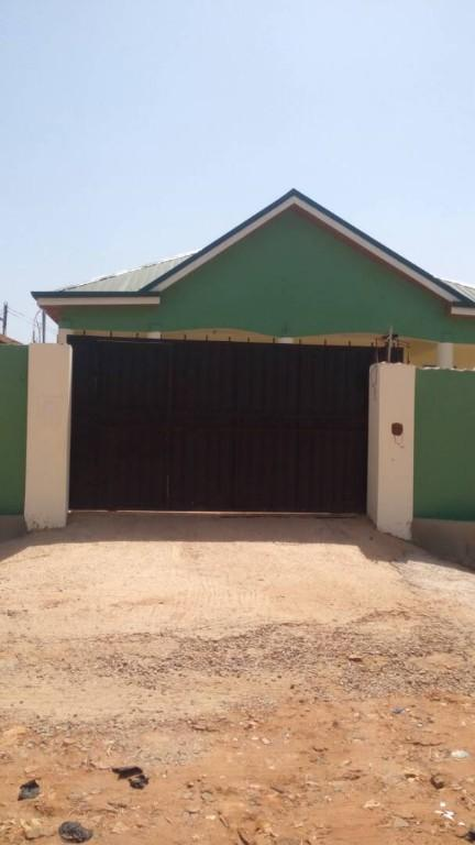 Rooms: Executive 3 Bedrooms House At Kwabenya, Accra, 3 BR, 123 M²