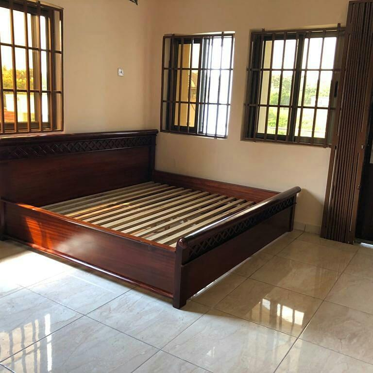 I Bedroom House For Rent: Elegant Partially Furnished 7 Bedroom House For Rent In