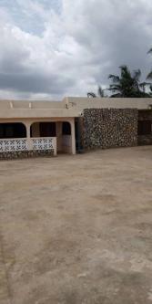 Executive 5 Bedroom House For Rent Madina Accra 5 Br